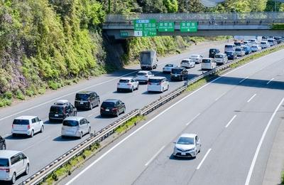 東名の渋滞・渋滞予測(上り・下り)交通情報の調べ方|チューリッヒ